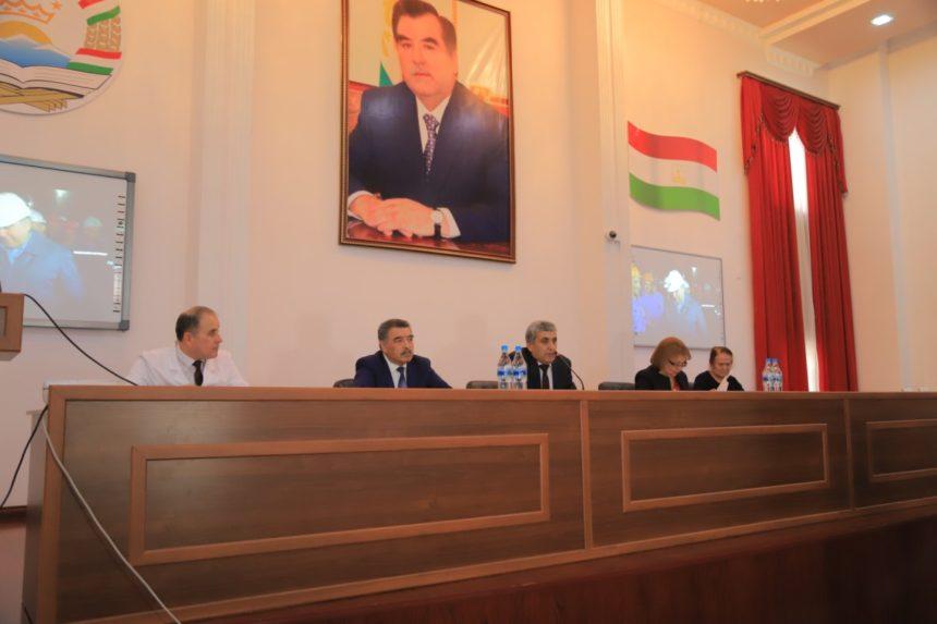 Ҳамоиши табибон ба муносибати рӯзи Президенти Ҷумҳурии Тоҷикистон